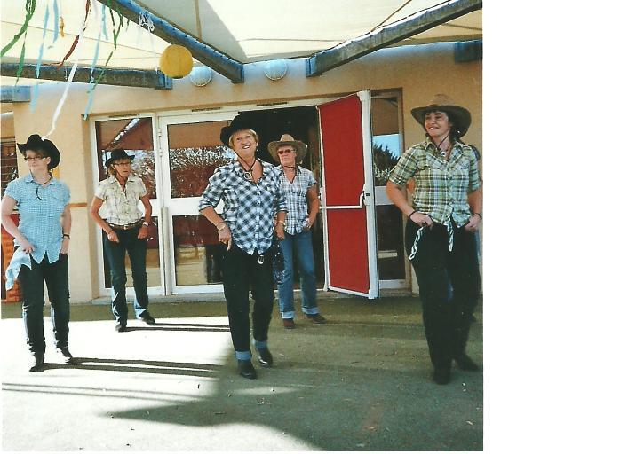 country crèche bezouce - juin 2011 - 2