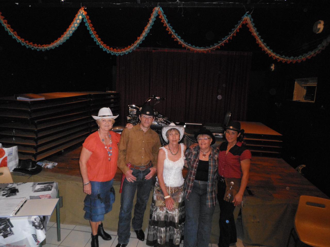 Liliane, Eric, Domi, Pascale et Juliet